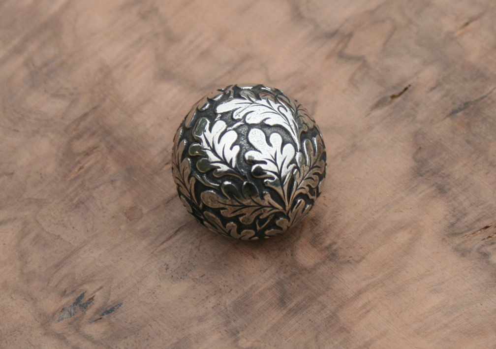 Engraved bolt ball
